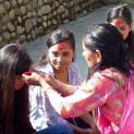 Das Dashain Fest mit unseren Kindern und der ganzen Familie im sich selbst erhaltenden Kinderheim Bhaktapur im Dorf Sipadol